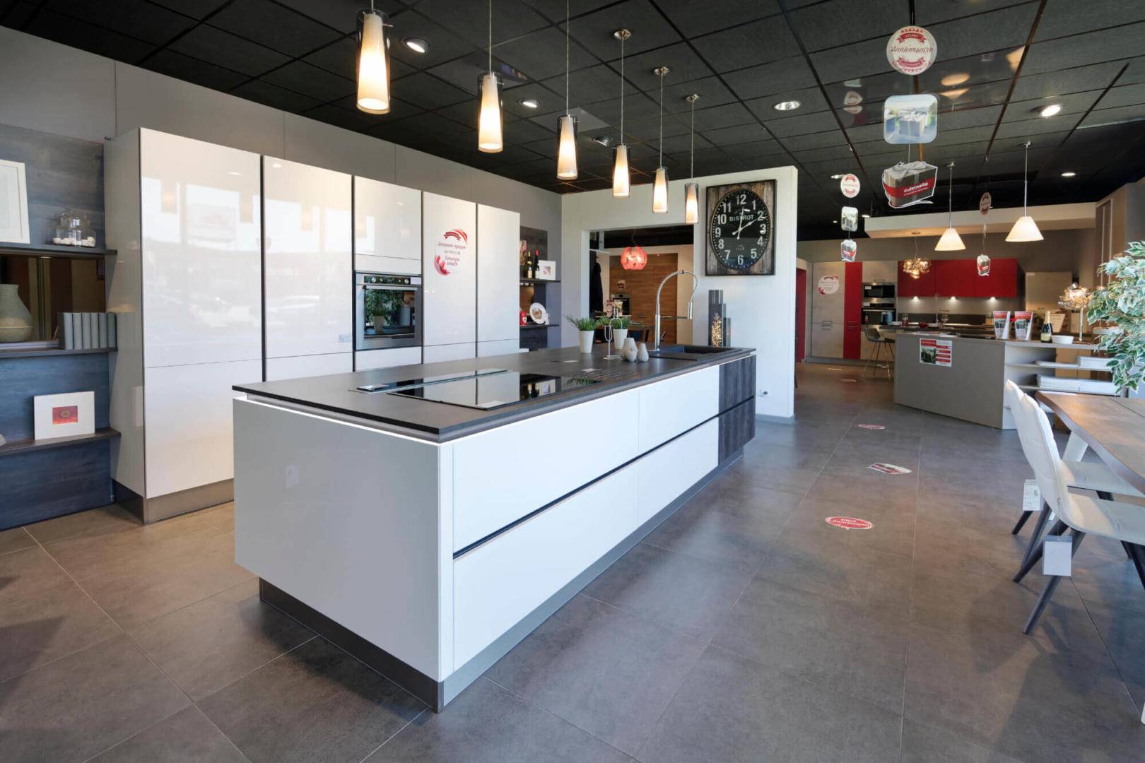 cuisinella mulhouse cuisiniste mulhouse bain rangement mulhouse la cit de l habitat. Black Bedroom Furniture Sets. Home Design Ideas